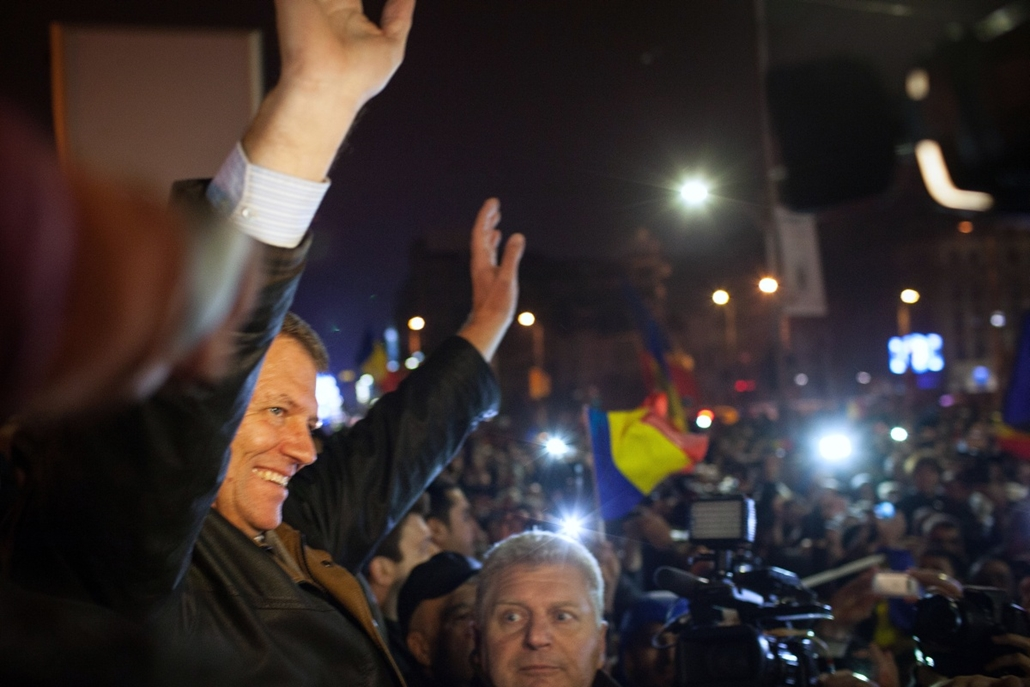afp.14.11.17. - Bukarest, Románia: Klaus Johannis lett Románia új államelnöke - Klaus Iohannis, Klaus Johannis