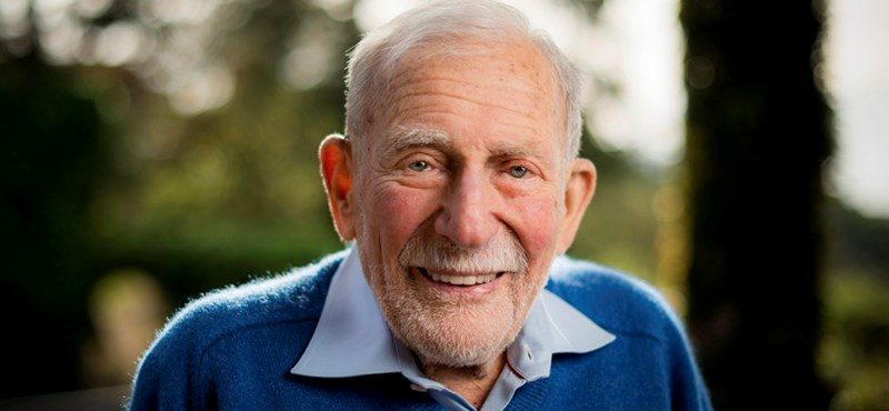 101 évesen meghalt az óceánok Einsteinje