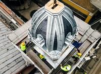 Visszakerült a helyére a Nyugati pályaudvar első kupolája – fotók