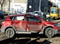 Egy biztosító megnézte, valóban több balesetet okoznak-e az idős sofőrök