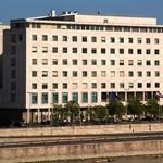 Belügy: Nem is törtek be a Jobbik irodáiba, csak elvásott a zár