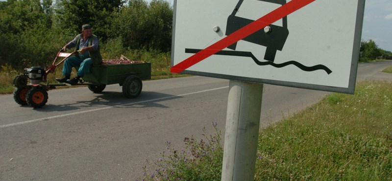 Semmibe vezető utakra szórtak el milliárdokat Kelet-Magyarországon