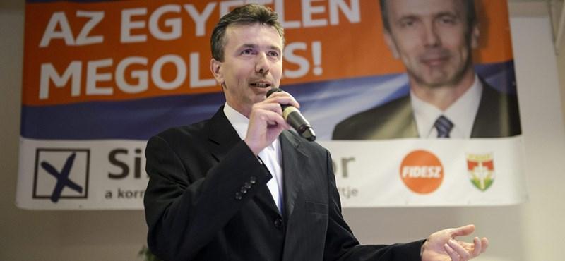 """Feljelentették a salgótarjáni fideszes jelöltet """"fenyegető"""" kommentelőt"""