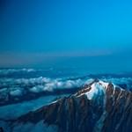 Apja zuhanását végignézte, majd 10 órát lógott a Mont Blanc mellett egy fiú