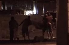 Felfüggesztettet kaptak a fegyőrök, akik megvertek egy kubait, akit menekültnek néztek