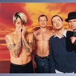 Nézz körbe a Red Hot Chili Peppers legújabb, interaktív videoklipjében, amiben te irányítasz! (videó)