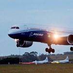 Itt a Boeing új repülője