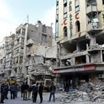 Fotók: bombatámadás ért egy aleppói kórházat