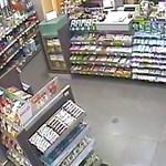 Ki ismeri fel ezt a benzinkútrablót? – videó
