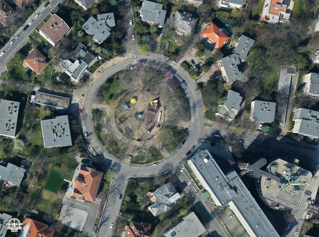 e! NAGYÍTÁS Naphegy tér elnéptelenedett budapest légi felvételek