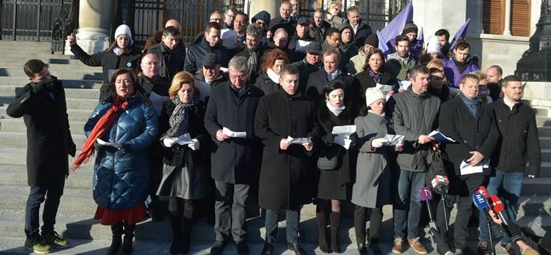 A Jobbik szerint értelmetlen a közös lista