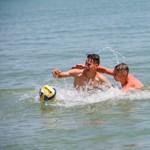 Ezeken a partszakaszokon strandolhattok ingyen a Velencei-tónál
