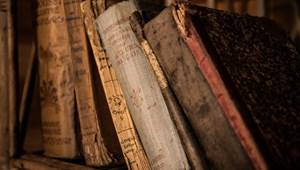 Izgalmas műveltségi teszt: felismeritek a híres regényeket az első mondatukból?