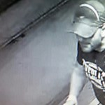 Megkéselhettek egy rendőrt egy megállóban - ezt a férfit keresik