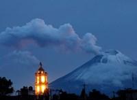 Ismét ébredezik a mexikói Popocatépetl vulkán - videó