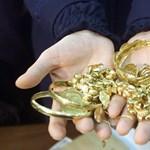Arannyal a végbelükben buktak le csempészek Srí Lankán