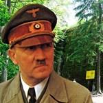 Kinek a falára kerül a Hitler-festmény?