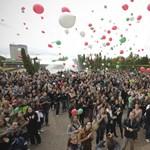 Képek: szélnek eresztették a felsőoktatási törvény tervezetét az egyetemisták