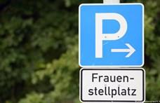 """Egy német férfi perel, mert diszkriminációnak tartja a """"csak nőknek"""" parkolókat"""