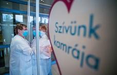 Speciális szobát hoztak létre a Kardiológiai Intézetben, hogy a látogatási tilalom alatt is találkozhassanak a szívbetegek a hozzátartozóikkal