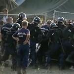 Már magyarul is megnézhető az Orbán és Merkel meccséről szóló film