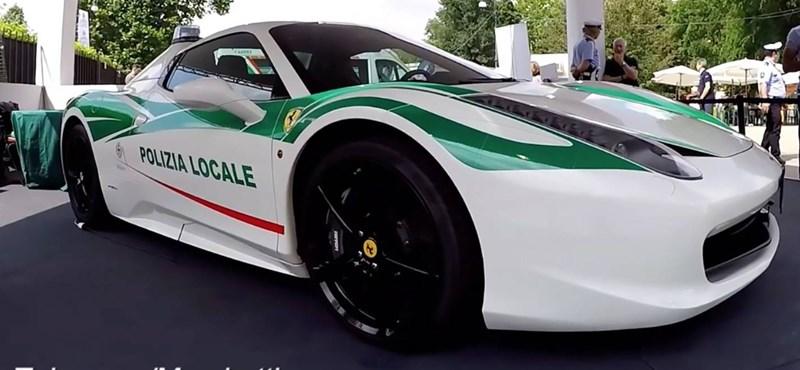 Rendőrautó lett a maffiától lefoglalt Ferrariból
