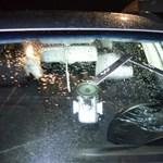 Parkolási vitának indult, baltacsapás, ökölharc, eldobott szék lett belőle