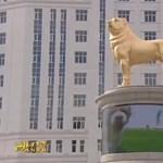 Hat méteres aranykutyát avatott a türkmén elnök