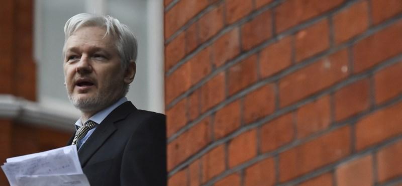 Hamarosan kirakják Assange-t Ecuador londoni követségéről