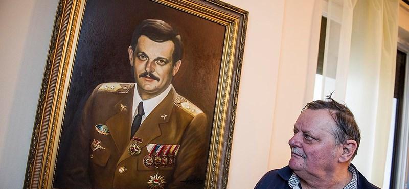 Meghalt Magyari Béla űrhajós