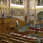 Hétfőn Orbán napirend előtt elemzi a helyzetet