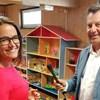 Egy fideszes képviselőjelölt játszóházában kampányolt Klausmann Viktor és Novák Katalin