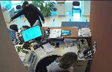 Kiraboltak egy bankot Üllőn – fotókkal