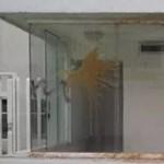 Égő trágyával dobálták meg az egyik venezuelai lap szerkesztőségét