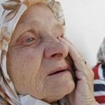 A nyugdíjasok nem viselnék el a nyugdíjak azonnali csökkentését