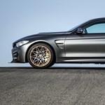 Ilyen, poszterre való autókat vár az ember a BMW-től