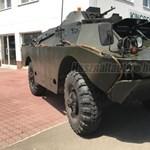 7 millióért árulnak a neten egy páncélozott harcjárművet