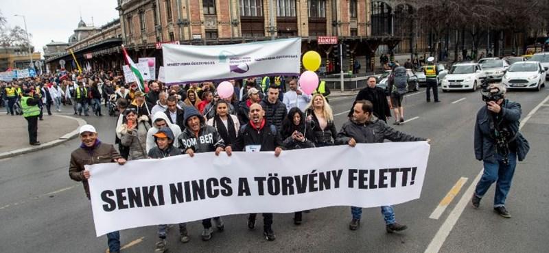 Kúria: Ki kell fizetni a gyöngyöspatai roma diákoknak megítélt kártérítést