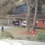 Autóval rontott a házba a felszarvazott férj - videó