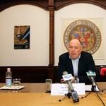 Félmillióra büntették a miskolci fideszes polgármestert, mert diszkriminált