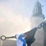 Eljárás indul a zászlóégető nyugdíjas ellen