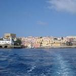 Képek: ez a gyönyörű olasz sziget nagy bajban van, de van egy ötletük