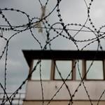 Ingyen e-cigit kapnak a skót börtönőrök, mert betiltják a dohányzást az intézményekben