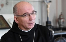A pannonhalmi főapát elmondta, miért titkolták a gyermekmolesztálási ügyeket