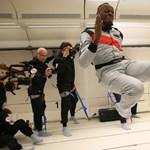 A zéró gravitáció sem tudja legyűrni Usain Boltot – videó